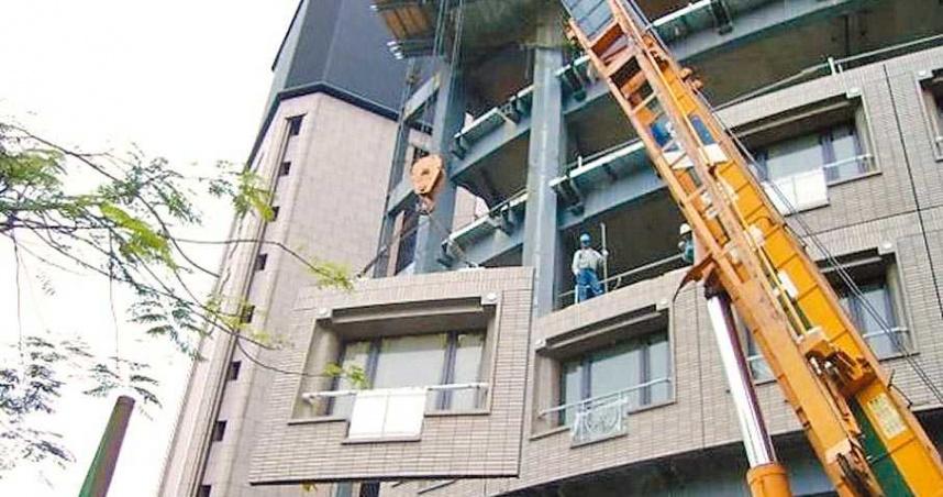 因應缺工國家住都中心首推預鑄社宅 外牆於工廠完成現場組裝
