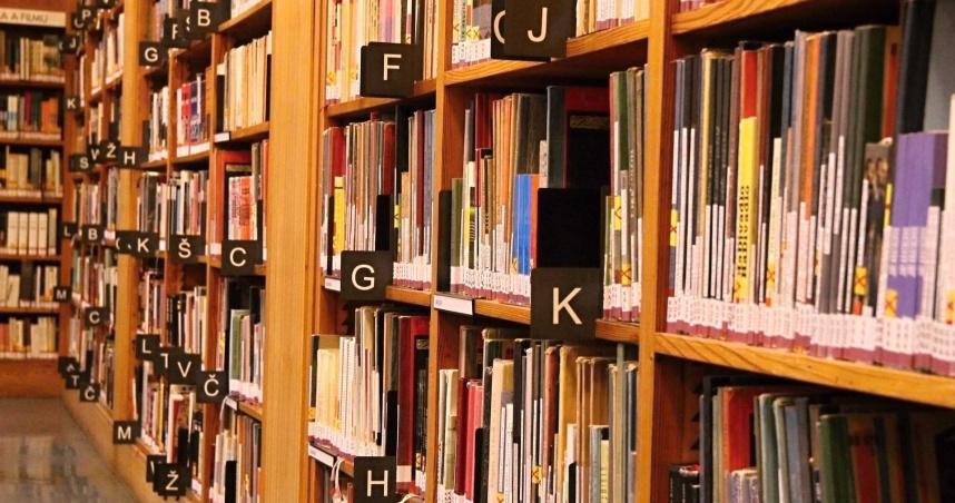 一進書店就想大便?日本「青木麻里子現象」 困擾當事人30多年