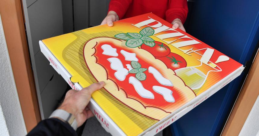 女兒生日想吃披薩!窮單親爸厚臉皮求賒帳 結局超翻轉