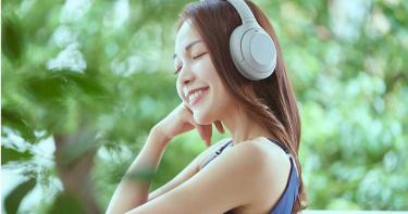 Sony發表旗艦級耳機 可辨識主人位置、自動切換降噪等級