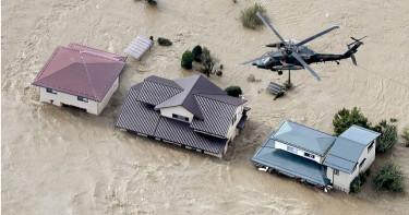 61年最強颱「哈吉貝」襲日 已釀4死106傷17失蹤