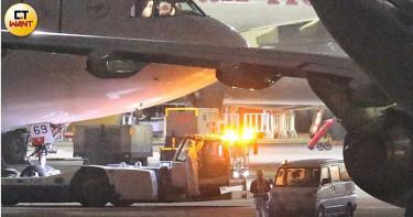 武漢包機第2批成行!分華航、東航2班機回台 台商獲通知中午赴機場